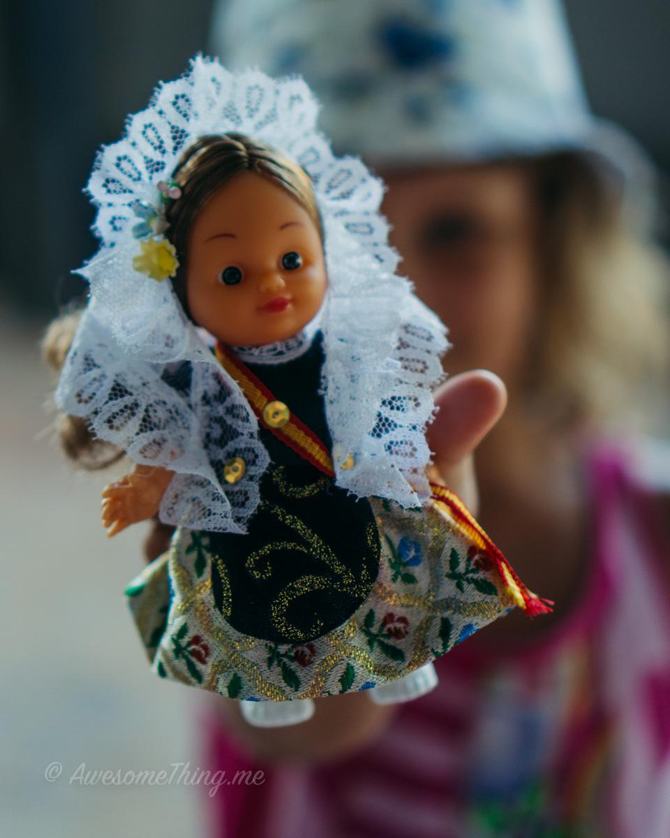 Doll, Spain