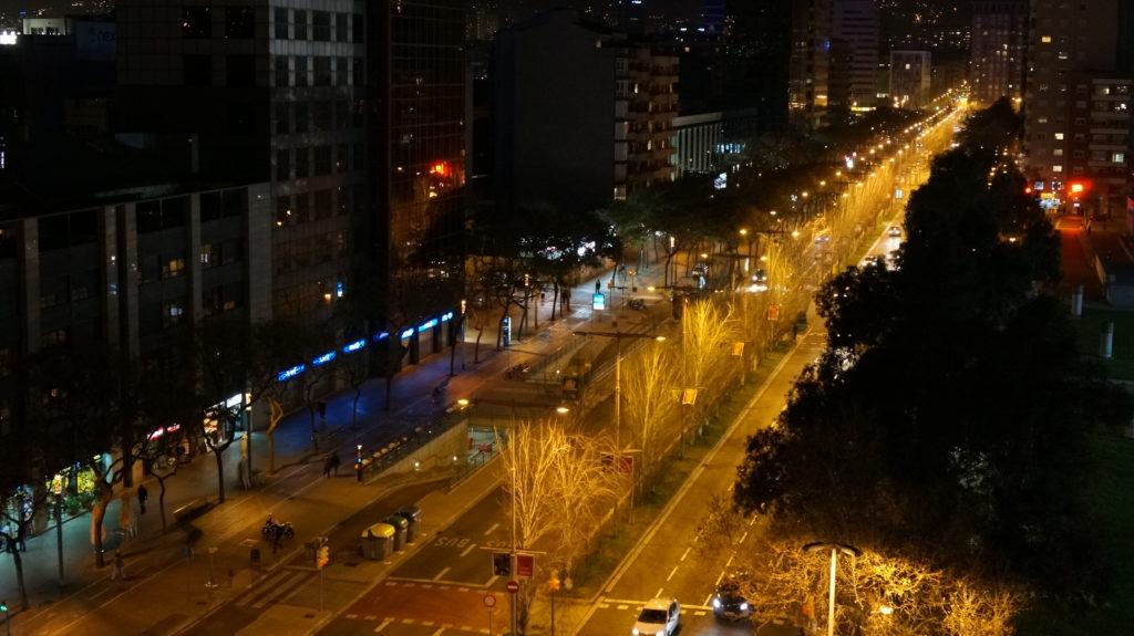 Барселона - ночной город