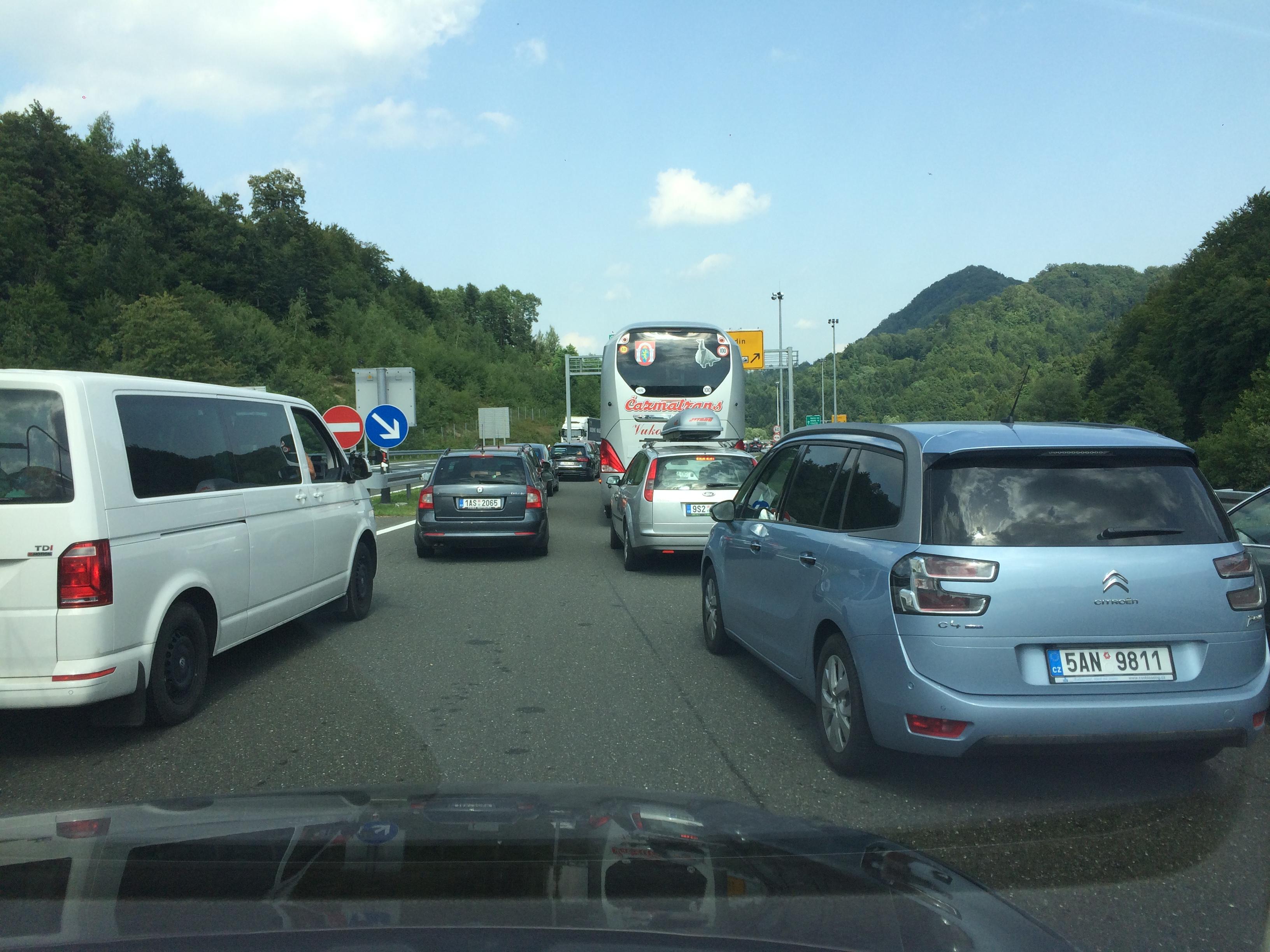 Пробки на границе Хорватия-Словения